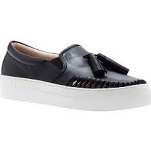 NEW Vince Camuto Black Leather Sneakers w/Tassels